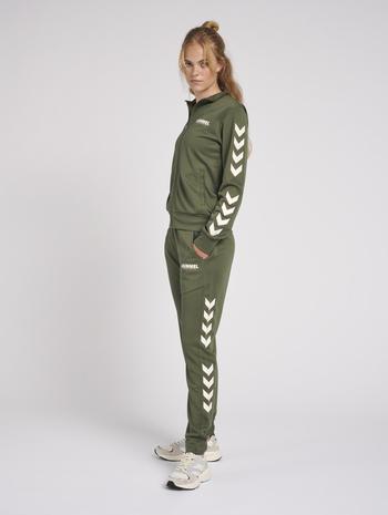hmlLEGACY POLY WOMAN REGULAR PANTS, BEETLE, model
