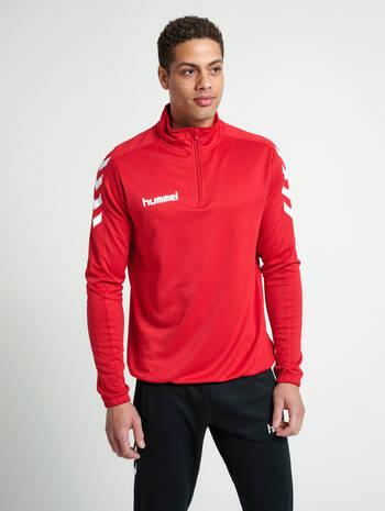 CORE 1/2 ZIP SWEAT, TRUE RED, model